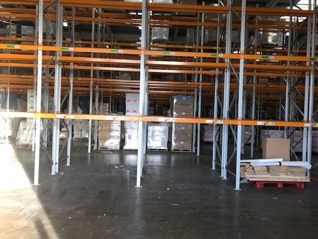 Porcelanosa Showroom Werrington - We Buy Used Racking Case